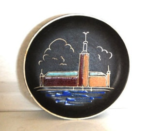 Vintage Mid Century Pottery Dish