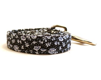 Black and white floral dog lead - Black, white and blue floral pet leash - Floral dog leash - Moonlight Flowerfield dog leash