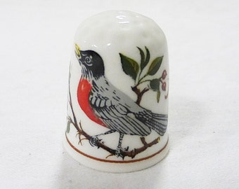 Vintage queen's thimbles bird american robin made in england porcelain