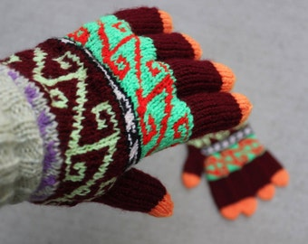 Handmade Hand Knit Women's Gloves, Colourful Gloves, Warm Bright Colours Mittens with fingers, Warm elegant mittens, Winter Accessories