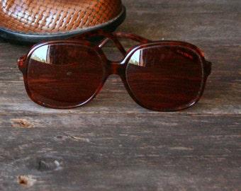 80s Liz Clayborn Dark Prescription Glasses Plastic Frames Vintage From Nowvintage on Etsy