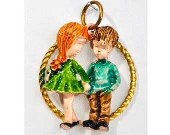 1971 Fran Mar Moppets Boy Girl Couple Enamel and Gold Tone Pendant