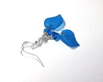 Teal Lucite Leaf Earrings, Leaf Earrings, Teal Earrings, Czech Glass Flower Earrings, Antique Silver