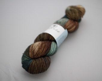 magnolia sock 'quarry'
