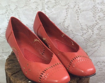 Vintage Red Cut-out Shoes