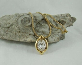 On Sale Monet Solitare Necklace Beautiful Clasp & Chain Spring Fling Blingy Bling Rock of Ages Monet Necklace