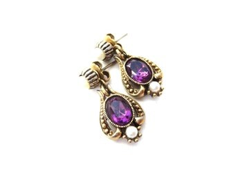 Avon Signed Vintage Queensbury Victorian Revival Gold Tone Metal Purple Amethyst Glass Rhinestone & Faux Pearl Pierced Dangle Stud Earrings