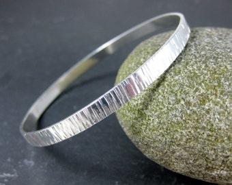 Hammered Vertical Stripe Silver Bangle Bracelet 5mm Wide Flat Sterling Silver Bracelet Simple Bracelet Stacking Bracelet Minimalist Jewelry