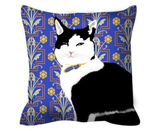 Black and White Cat Decorative Cushion Cover
