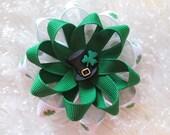 St Patrick's Bow, Green Shamrock Pin Wheel Twisted Ribbon Hair Bow, Toddler Bow, Green St Patty's Day Hair Bow, Baby Bow, Leprechan Shamrock