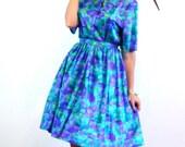 SALE 50% OFF Vintage 60s MAD Men Dress Colorful Blue Green Purple Geometri Print Full Sweep Skirt Scoop Neck Short 3/4 Sleeve Dress Plus Siz