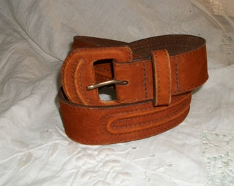 "Vintage 1970s Wide Orange Suede Belt Size S will Fit Waist 28"" to 32"" made in Brazil"