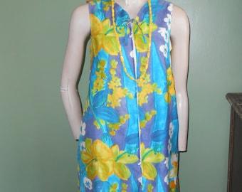Blue/Yellow Floral Sleeveless 1960s Summer Dress - Size S/M