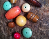 Vintage wooden beads. Mixed bead lot. Vintage beads. Colorful wooden beads. Vintage jewelry. Vintage large beads. Painted beads.