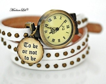 Rolling watch To be or not to be © True leather