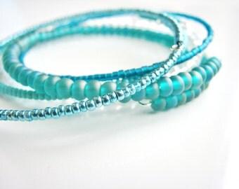 Teal Memory Wire Bracelets,  Beaded Bangles, Glass Beads Bracelets, Minimalist, Modern Stackable Bracelets