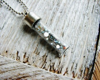 Sparkly Vial Necklace, Crystal Necklace, Pendant Necklace, Cabochon Necklace, Layering Necklace, Minimalist Boho Necklace