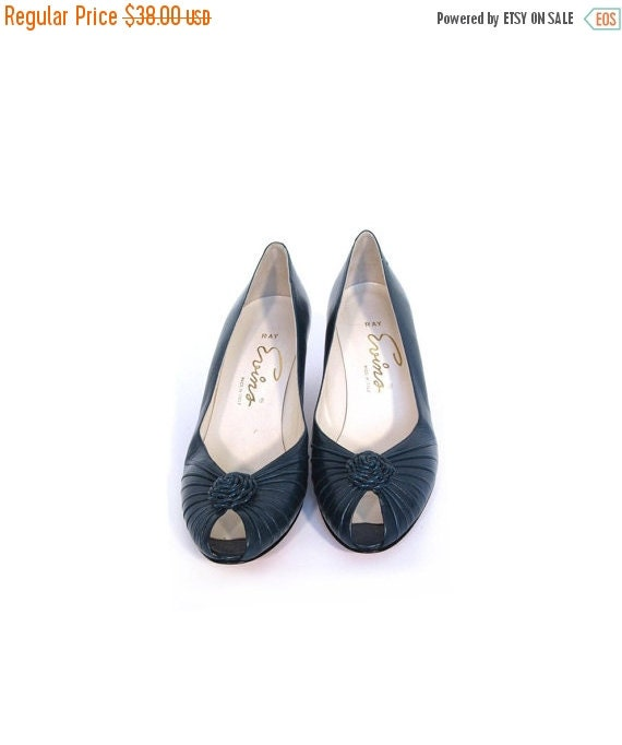 BTS SALE Vintage 60s Teal PINWHEEL Italian Leather Peep Toe Heels 7