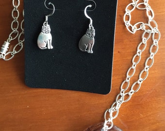 Hungry Cat earrings & matching necklace