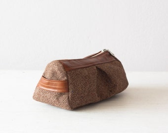 Brown cosmetic bag, accessory bag, toiletry storage case, makeup case in wool and brown leather - Estia bag