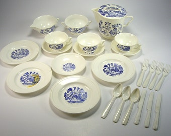 Pretend Play Plastic Dinnerware and Tea Set, Blue Willow, Asian, (25) Piece Set, Toy Cups and Plates , Children's Pretend, Doll Display