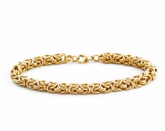 Grand 14kt Gold Filled Bracelet - Beyond Basic Byzantine - Stunning Chainmaille Artisan Made or Kit