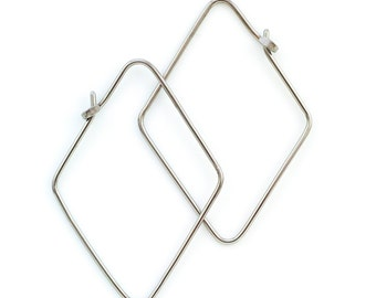 1 Pair  Diamond Shaped Earrings - 18 gauge with Hammered Latch in YOUR PICK of Metal