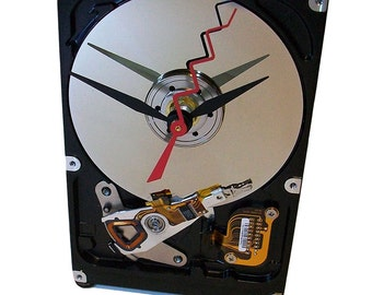 FREE SHIPPING USA! Computer Hard Drive now a Desk Clock has Circuit Board Stand.