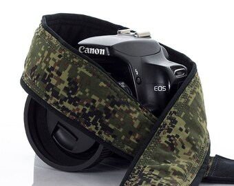 Camera Strap, Camo, Fits dSLR or SLR Camera, Pocket, Camera Neck Strap, Mens Camera Strap, Nikon or Canon camera strap, Digital Camo 221 w