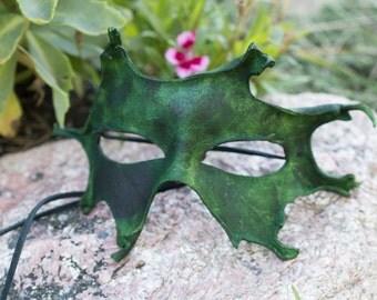 Green Leaf Mask Split Leather
