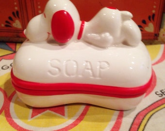 Vintabe snoopy soap dish Peanuts Made in Japan