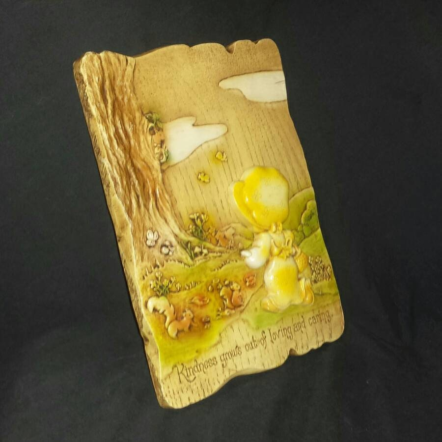 1977 Holly Hobbie Wall Plaque / 1970s Yellow Bonnet Girl with ...