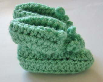 Crocheted Booties, 0 to 3 Month , Unisex, Baby Shower Gift, Green, Gender Neutral