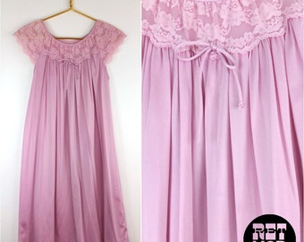 Lavender Pink Lacy Vintage 60s 70s Nightgown!