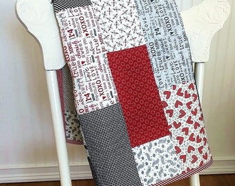 Quilt Baby, First Crush HANDMADE, Crib, White, Black, Red, Gray 37x44""