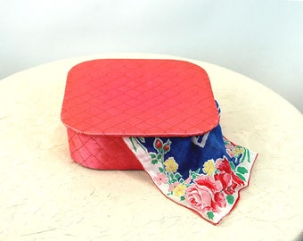 1950s handkerchief box dresser box pink satin quilted box square