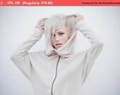 Winter Sale 15% Off!!! Ivory white Bat sleeves hoody  zipper  sweater