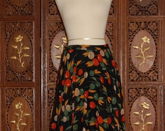 ON SALE Vintage 1970s  Circle skirt in a beautiful cherry printed cotton  Sz 40 / US 10
