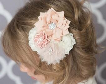 blush hair clip, champagne flower hair clip, champagne hair clip, wedding flower hair clip, girl hair accessory, bridal hair accesories