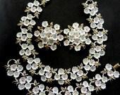 Vintage White  daisies  Enamel Flower  tiny pastel Rhinestones centers Demi Set, Floral Choker, Earrings, Bracelet -- Art.392/4 -