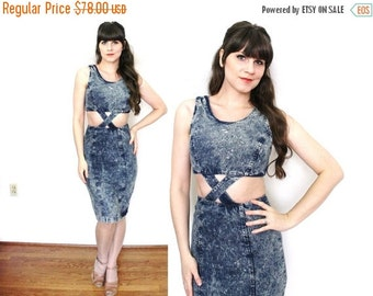 ON SALE 1980s Denim Dress / 80s Acid Wash Cut Out Wiggle Dress