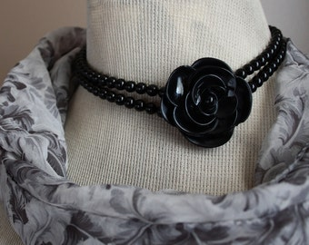 Vintage Black Rose Bead Necklace Destash