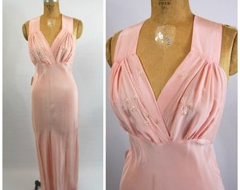 1930s pink Daisy Nightgown - 1940s Pink Night gown 30s Bridal Boudoir