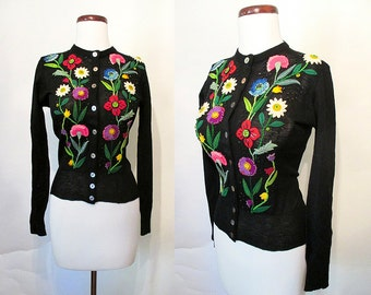 """Incredible 1950's Floral Applique and Beaded Sweater by """"Trico-Belle"""" Rockabilly VLV Pinup Sweater Virgin Wool Girl Size-Small"""