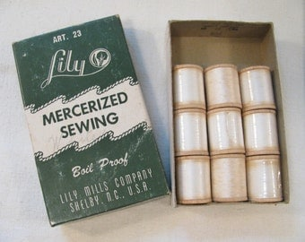 Vintage Lily Thread Box of 9 Wooden Spools of White Thread - In Original Box - Sewing Thread - Mercerized