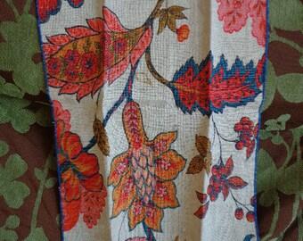 Vintage Linen Hand Towel with Large Floral Motif