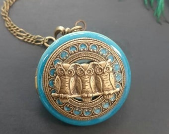 Owls Locket necklace/antique style/something blue/Anniversary/Bridesmaid gift/Wedding/Birthday/Sister/Mom/Daughter/Photo Picture/friend.