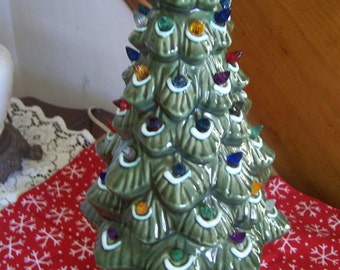 """Vintage Ceramic Christmas Tree, 17"""" Green, w/Lights and Base, Excellent, Taiwan, 1980"""