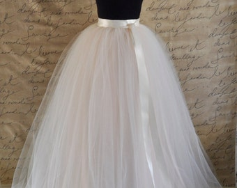 Womens full length maxi tulle skirt. Ivory and palest blush pink tulle lined in ivory satin Wedding tutu High waisted skirt Long tulle skirt