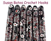 Susan Bates Polymer Clay Covered Crochet Hook, Black and White Paisley Design